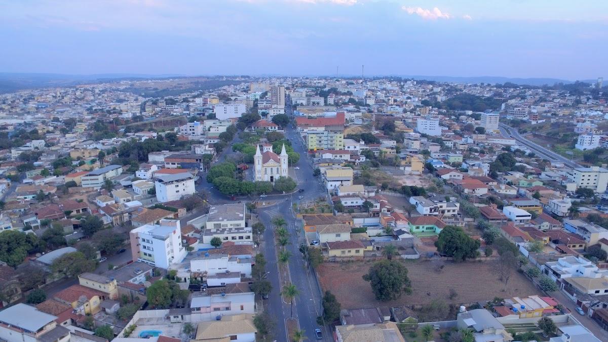 Arcos Minas Gerais fonte: static.consolidesuamarca.com.br