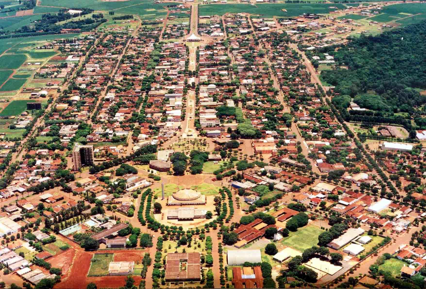 Assis Chateaubriand Paraná fonte: static.consolidesuamarca.com.br
