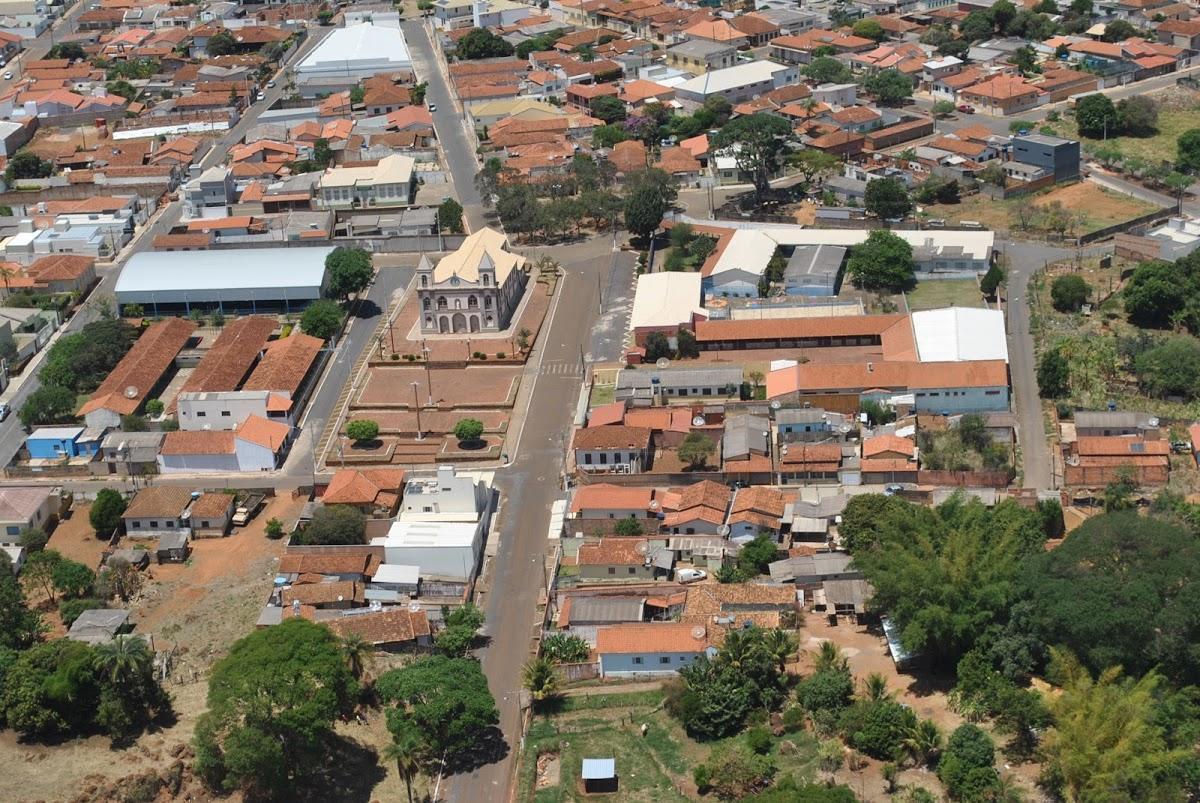 Carmo do Paranaíba Minas Gerais fonte: static.consolidesuamarca.com.br