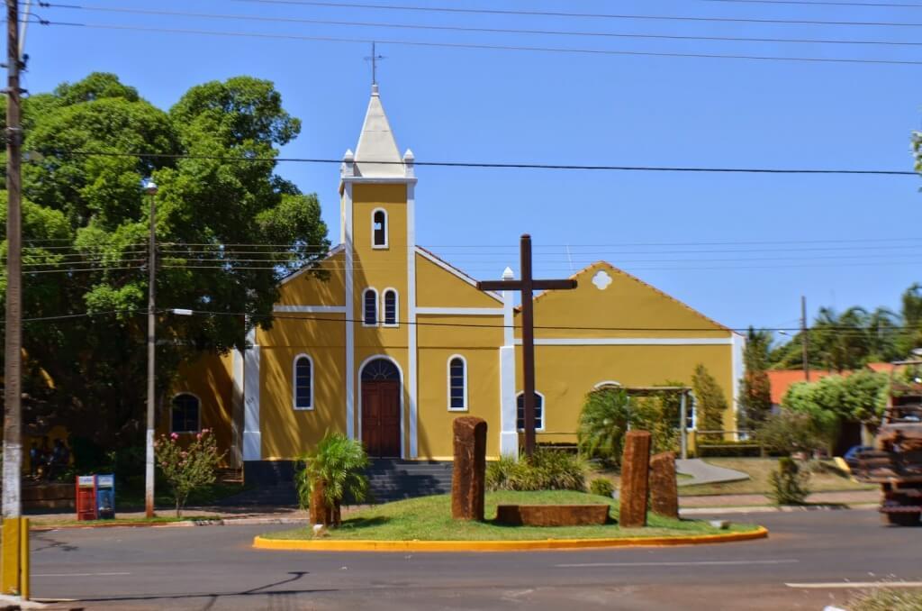 Santa Vitória Minas Gerais fonte: static.consolidesuamarca.com.br