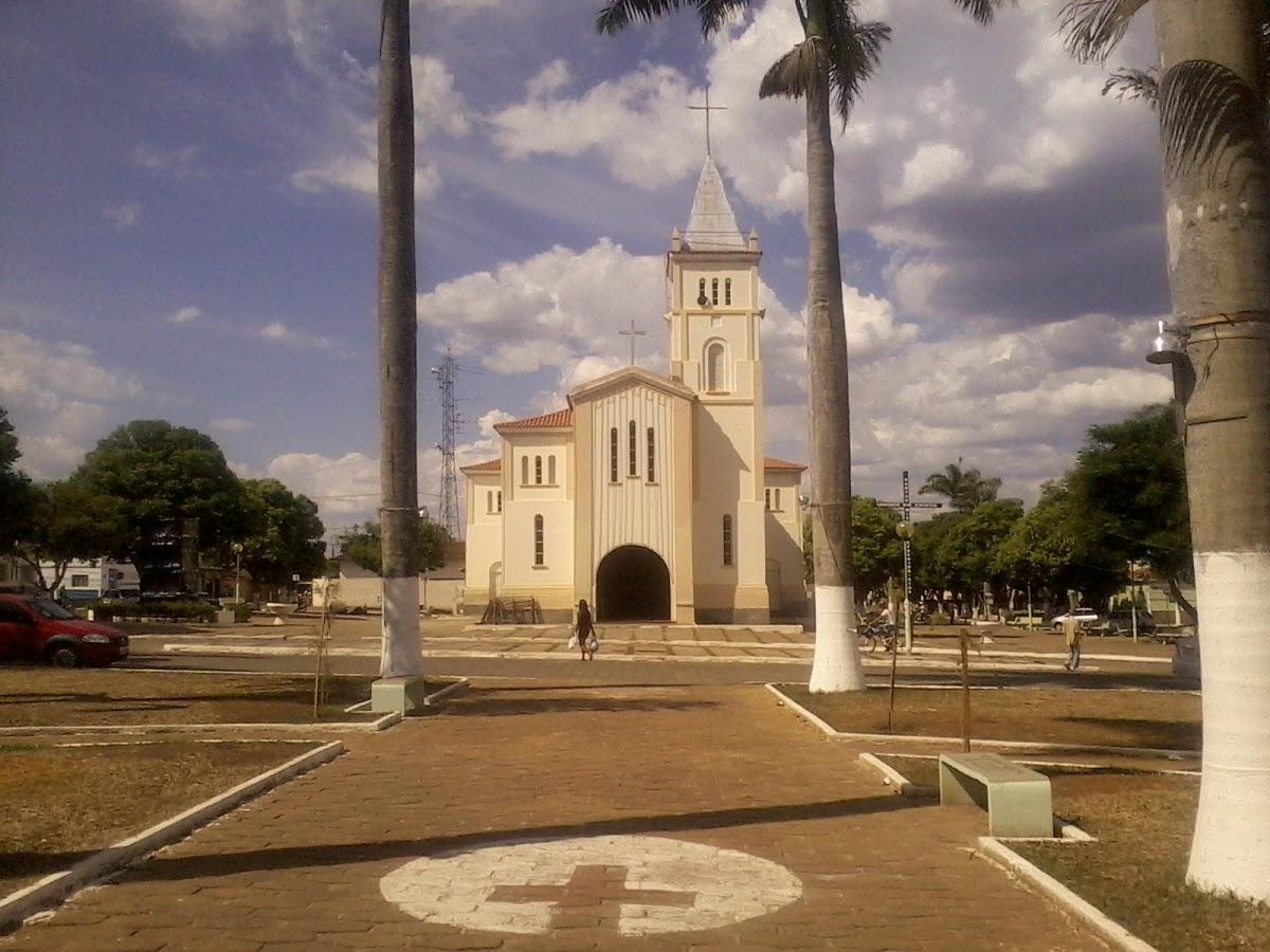 Taiobeiras Minas Gerais fonte: static.consolidesuamarca.com.br